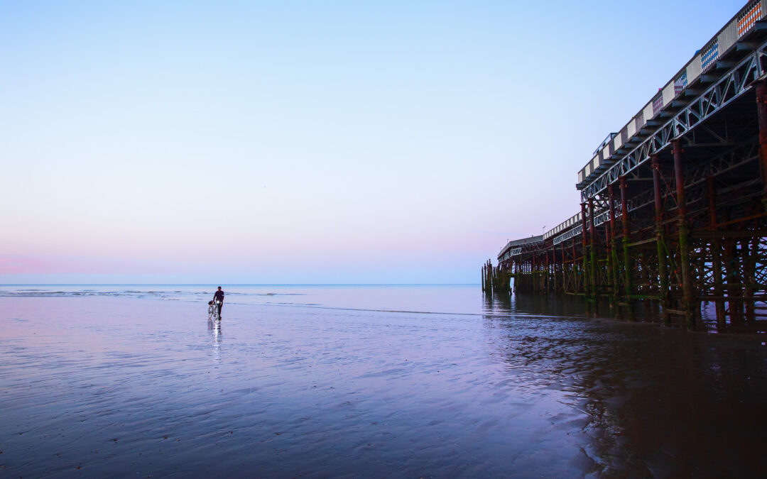 The Beachcomber, Low Tide At Hastings Pier